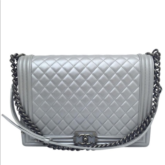 CHANEL Handbags - Chanel large le voy bag